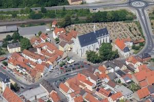 Luftbildansicht der Ritterkapelle von Süden